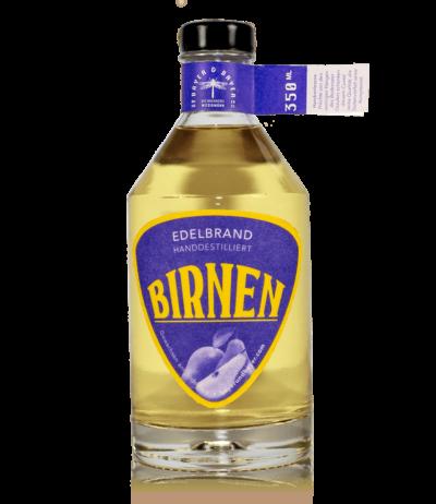 Bayer und Bayer Bio Edelbrand Birnen Eichenfass Freisteller